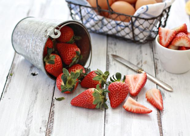 CRAFT_kitchen101_spring_strawberries