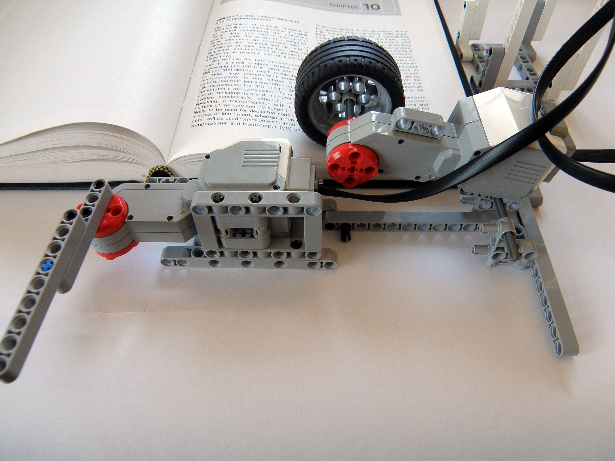 A closer look at the page turning mechanism.