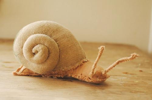 fabric-snail-sculpture-1