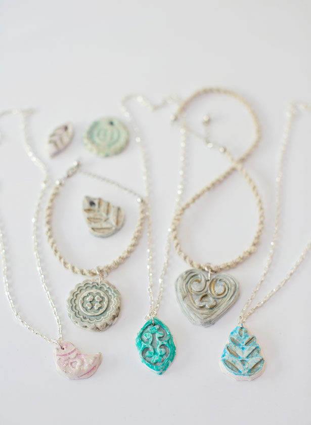 hellowonderful_clay_pendant_necklace