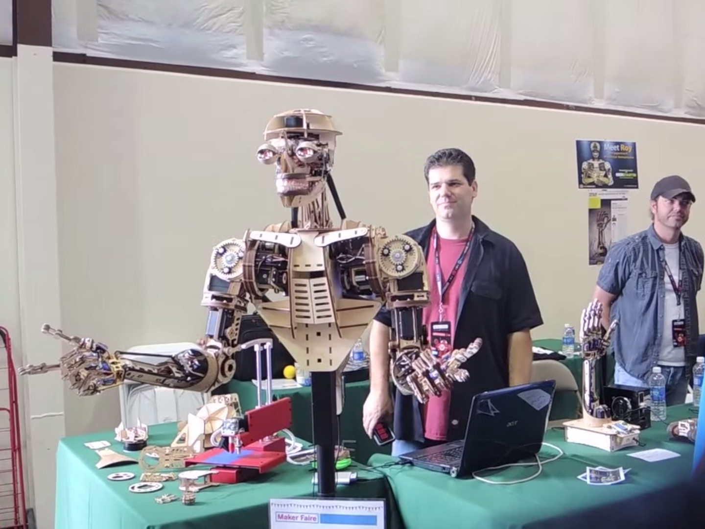 Roy the Robot
