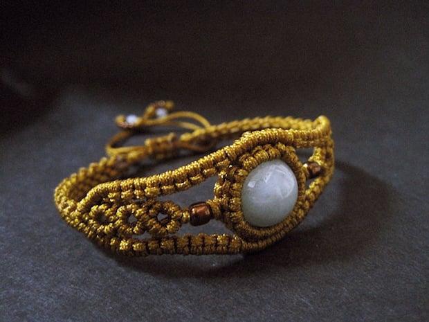 02_gold_bracelet_flickr_roundup