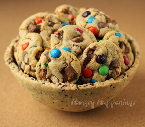 hungryhappenings_chocolate_chip_cookie_bowl_01