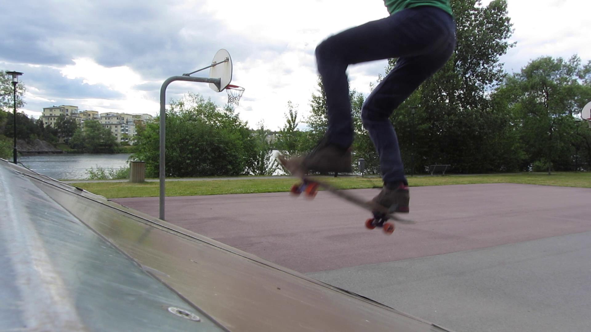 Skatehack action