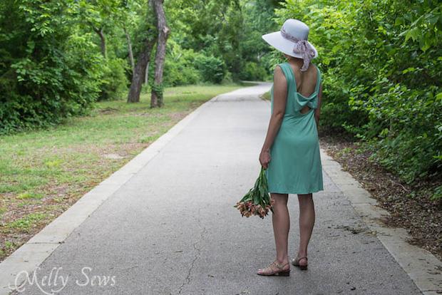 mellysews_bow_dress_02