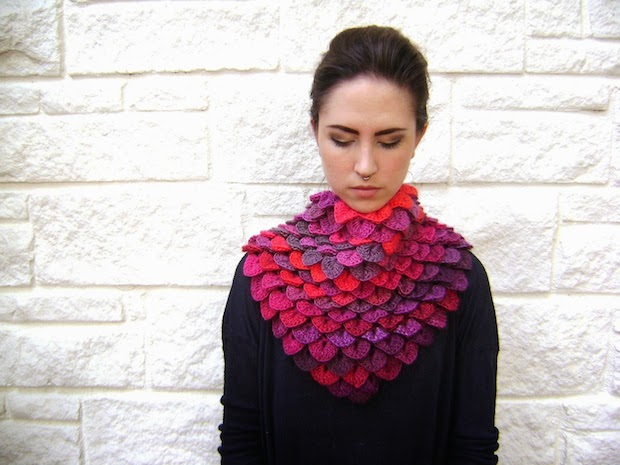 05_crocheted_scarf_flickr_roundup
