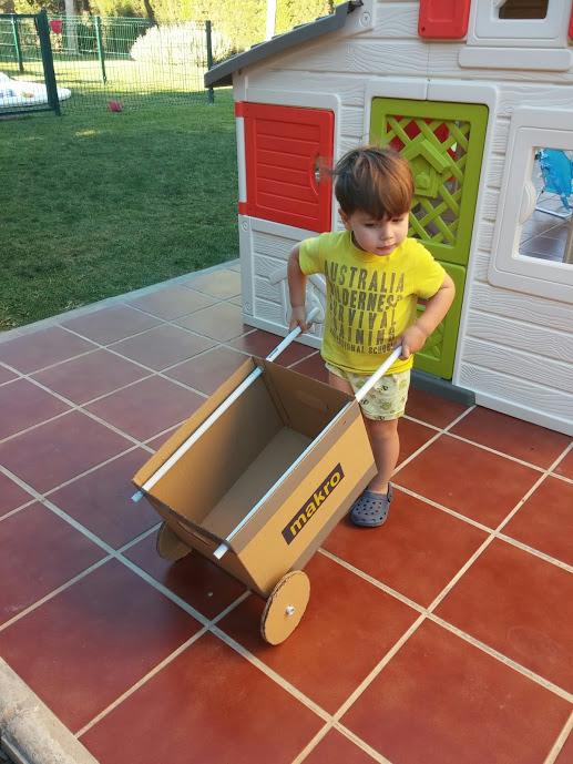 cardboard wheelbarrow1