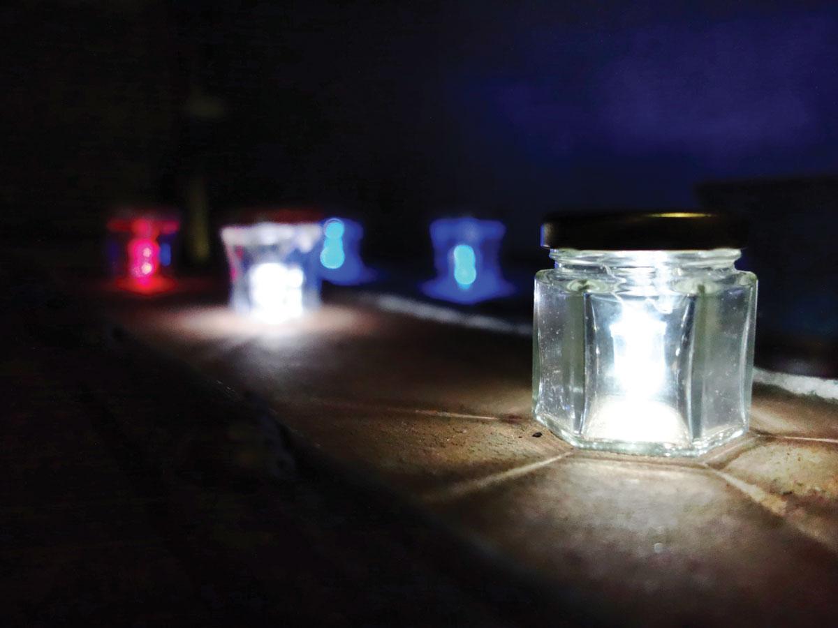 Solder a draailampje mini flip light make for Led lights for craft projects