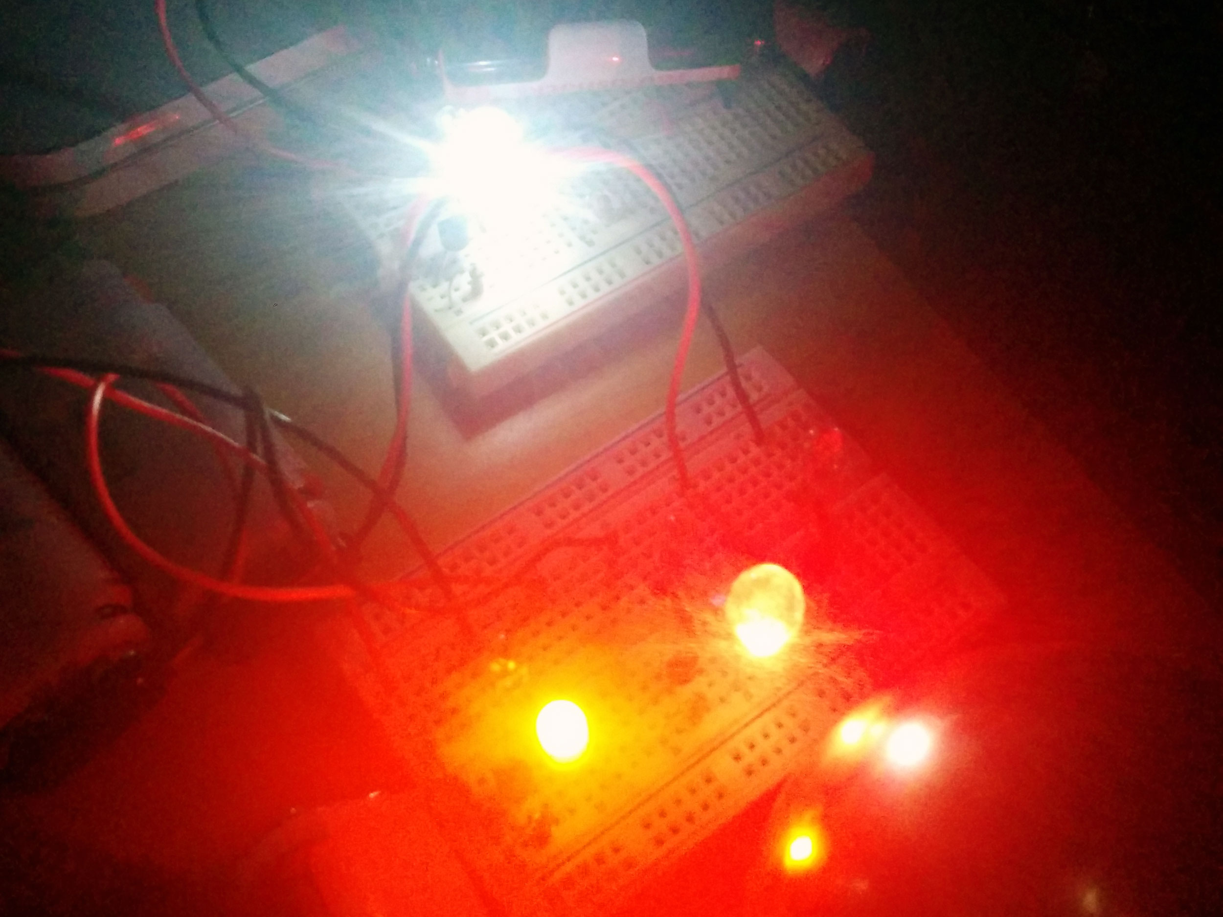 Dark Detecting Led Make Ledchristmaslightingusingtransistors