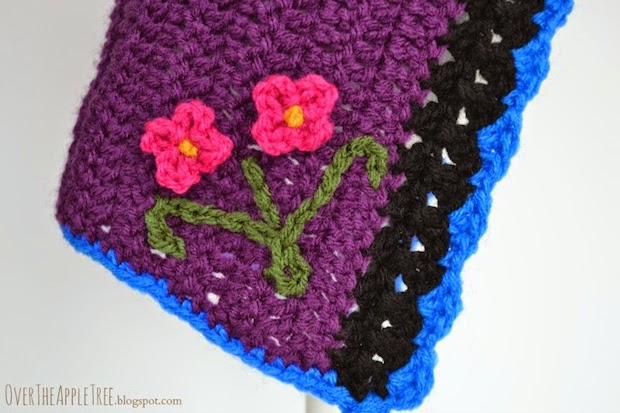 overtheappletree_princess_anna_crocheted_hat_02