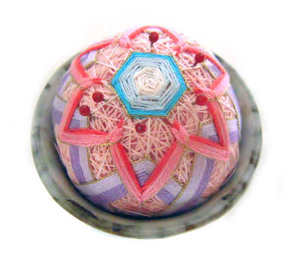 05_korean_traditional_little_ball_embroidery_flickr_roundup