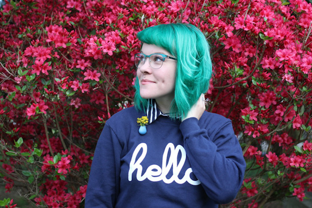 bust_maintaining_hair_color_01