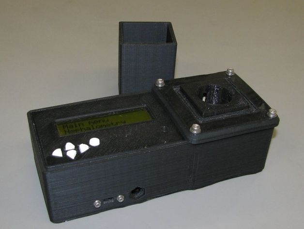 J.M. Pearce's water-testing platform uses open source electronics and 3D printed components.