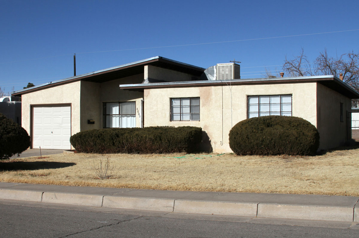 During 1969–70, MITS, Inc. was headquartered in the garage of Ed Robert's home at 4809 Palo Duro Avenue NE, in Albuquerque, New Mexico. Meetings were held in the bedroom at the right side of the front door and engineering was done in the garage.