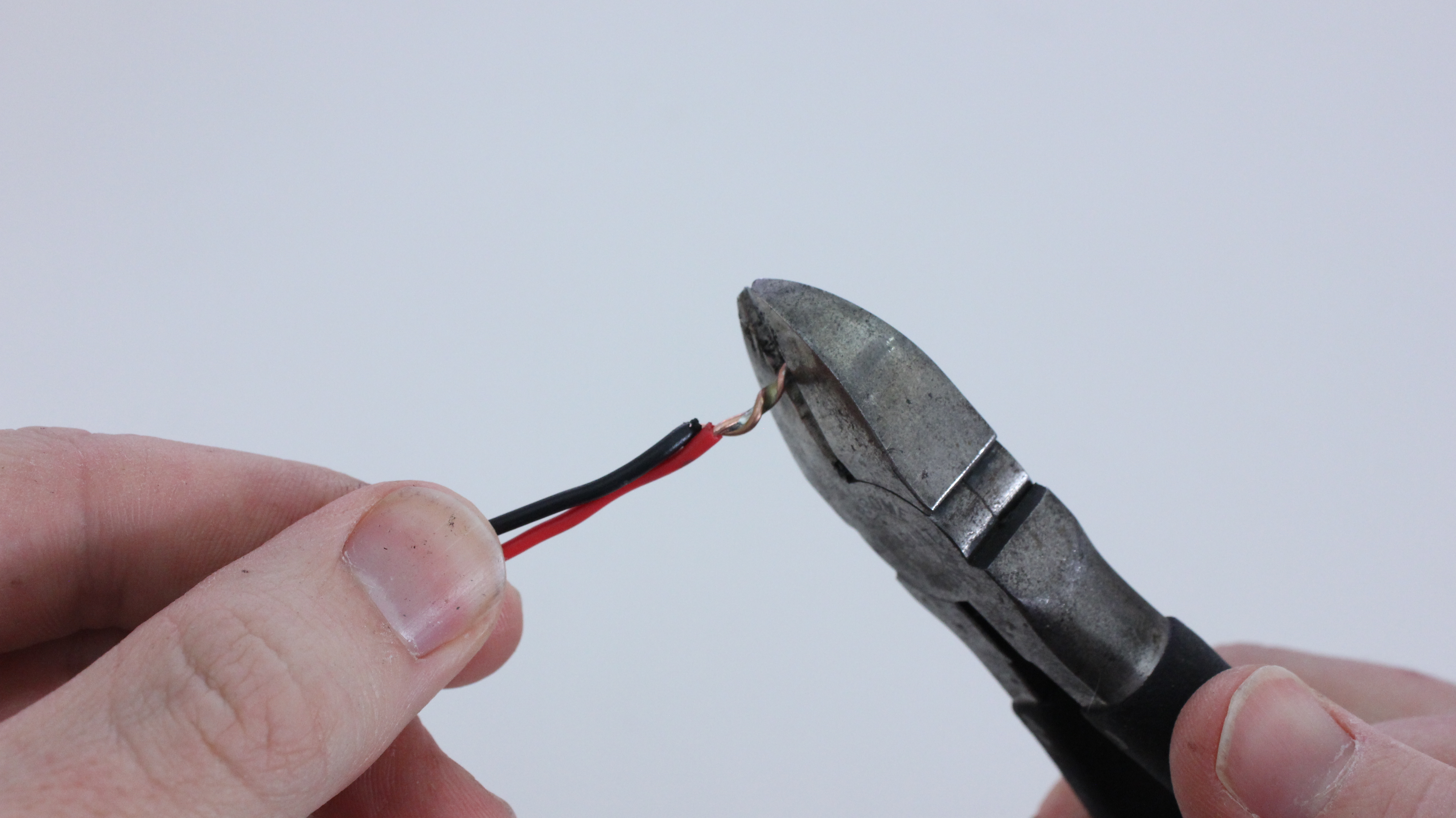 Survivalist Soldering Mend Wires Without Electricity Make
